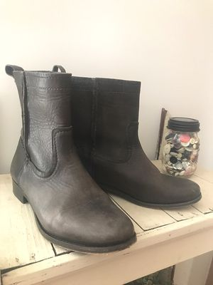 Women's FRYE leather boots for Sale in Raleigh, NC