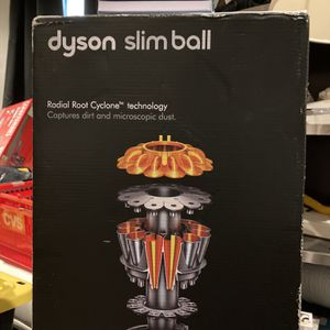 Dyson Slim ball ANIMAL for Sale in Huntington Station, NY