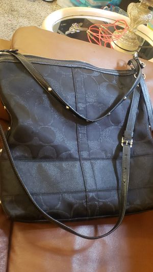 x-large Black COACH Crosby bag for Sale in Arvada, CO