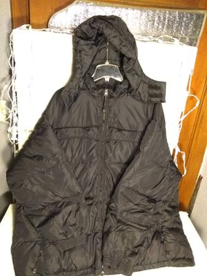 "100% nylon lightweight Down winter coat. With detachable hood and can easily fold in a Backpack 3XL 2'.9"" L By Colorado for Sale in Chicago, IL"