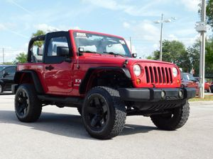 Jeep 2008 105185 miles no structure damage or air bag deployment very clean car Bluetooth leather seats perfect for the beach. Rubicon axle wrangler for Sale in Orlando, FL