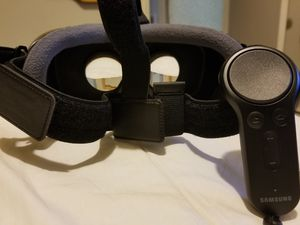2017 Oculus Headset Virtual Reality Headset for Sale in Montgomery, AL