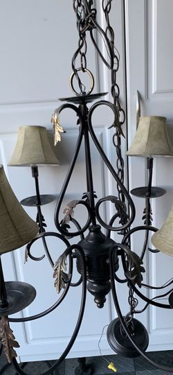 Chandelier for Sale in Dillwyn,  VA