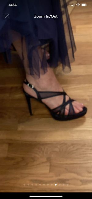 Adrianna papell pumps for Sale in Chestnut Hill, MA