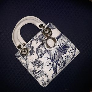 Dior Vintage Bag for Sale in Atlanta, GA