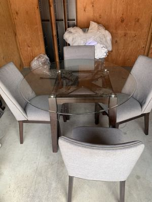 Kitchen table for Sale in Sylmar, CA
