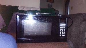 Hamilton Beach brand touch pad operation Microwave Oven(900 WATTS) for Sale in Tualatin, OR