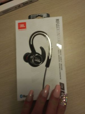 BRAND NEW JBL BLUETOOTH HEADPHONES for Sale in Fresno, CA