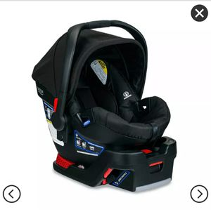 Infant car seat (Britax B safe 35) for Sale in Williamsville, NY