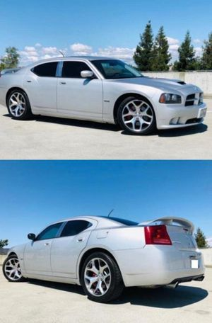 2006 Dodge Charger SRT8 price 1000$ for Sale in Alexandria, LA