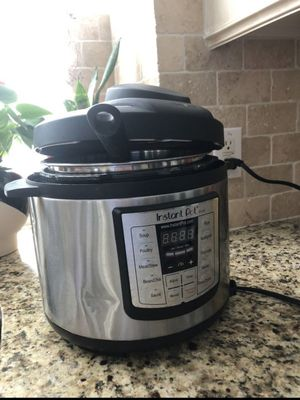 Instant pot for Sale in Missouri City, TX