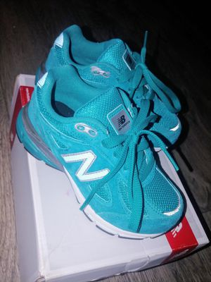 BRAND NEW NEW BALANCE for Sale in Tacoma, WA