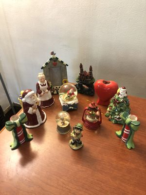 Decoratives (12 pieces) for Sale in Lakewood, OH