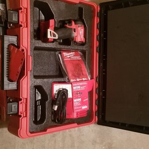"""Milwaukee M18 1/4"""" Impact for Sale in Portland, OR"""