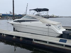 1995 bayliner 27 foot boat for Sale in Brooklyn, NY