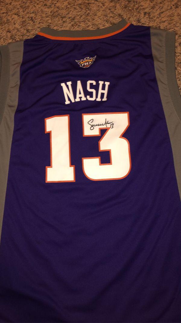 Suns jersey signed by Steve Nash