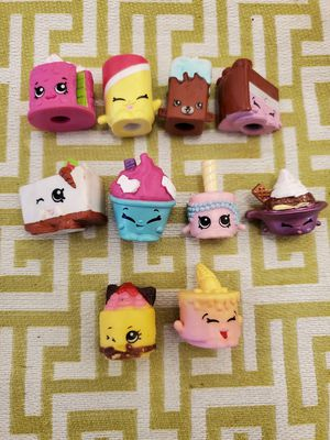 10 Shopkins and Basket for $4 Firm for Sale in Fountain Valley, CA