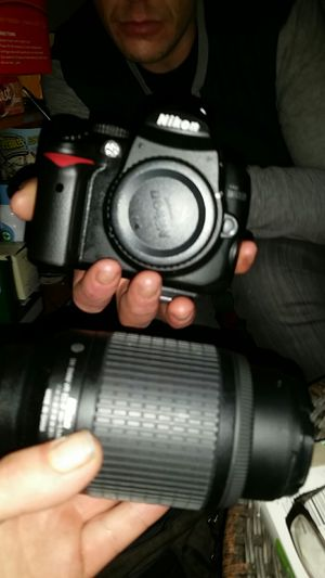 Nikon d5000 with accessories and bag for Sale in Seattle, WA