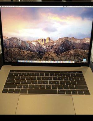 MacBook Pro 2017 for Sale in Homestead, FL