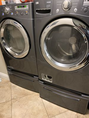 LG Gas Washer and Dryer for Sale in Hollister, CA