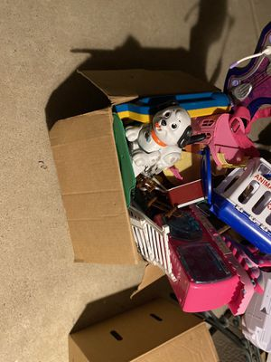 Box of toys for Sale in Reedley, CA