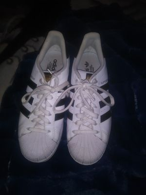 Adidas size 8 and 1/2 for Sale in Tooele, UT