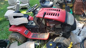 Land mower for par 200 for Sale in Forest Park, GA