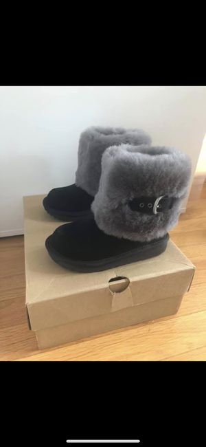 Used, Ugg Ellee II girl boot size 10 for Sale for sale  Staten Island, NY