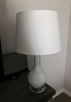 White Geometric Lamp & Lamp Shade for Sale in Tacoma, WA