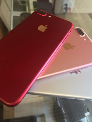 Factory unlocked iPhone 7 Plus for any carrier for Sale in Dallas, TX
