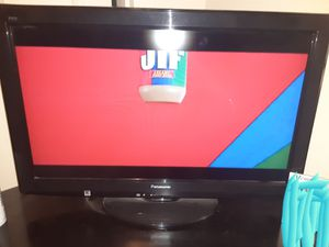 "32"" Panasonic flat screen tv with remote for Sale in Bapchule, AZ"