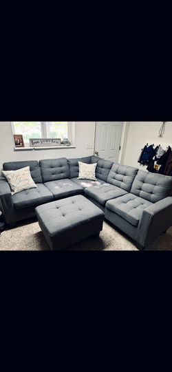 U shaped luxruy couch, Foot rests for Sale in Salt Lake City,  UT