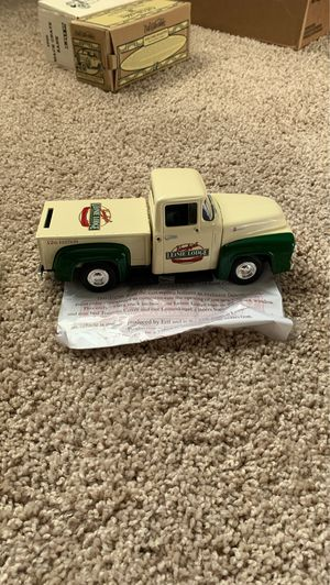 NEW: Leinenkugel's 1956 Ford Pickup collectible coin bank (12th edition) for Sale in Chippewa Falls, WI