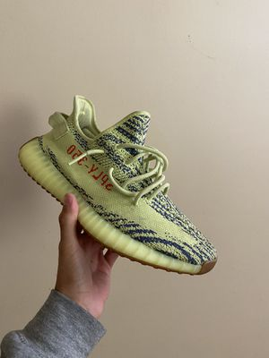 """Yezzy 350 V2 """"Frozen Yellow"""" for Sale in Brooklyn, NY"""