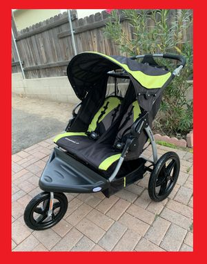 BEAUTIFUL BABY TREND Expedition Double Twin JOGGER STROLLER - Like New CONDITION!!! for Sale in Wildomar, CA