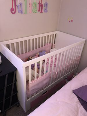 Crib & Changing Table Set for Sale in Revere, MA