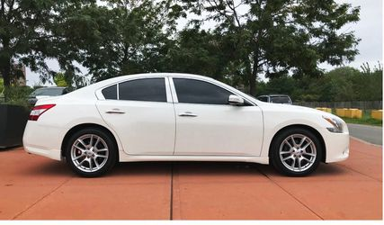 I'm Selling 2O10 Nissan Maxima for Sale in Detroit,  MI