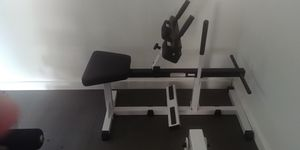 Body solid seated calf machine for Sale in Long Beach, CA