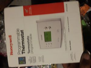 Honeywell's- programmable thermostat for Sale in Compton, CA