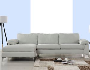 Loving room sectional couch for Sale in Fremont, CA