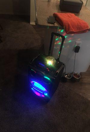 Bluetooth speaker for Sale in Dallas, TX