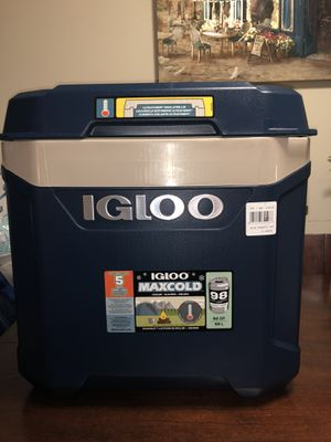 igloo (Igloo) Max Call Cooler Box 62 QT / 58 L Maximum Cold Storage 5 Days for Sale in Silver Spring, MD