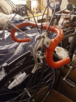 24 ROAD SCHWINN SPRINT BIKE for Sale in Colton, CA