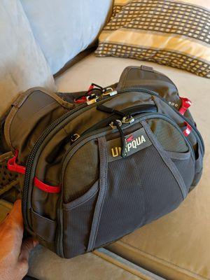 Umpqua chest pack. for Sale in Riverside, CA