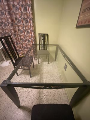 Kitchen Glass Table for Sale in Hialeah, FL