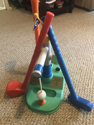 Little Tikes 18th hole golf set for Sale in Menifee, CA