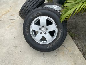 Nice Set of rims with tires , 90% tread left , Jeep , LT 275/65R18 for Sale in Venice, FL