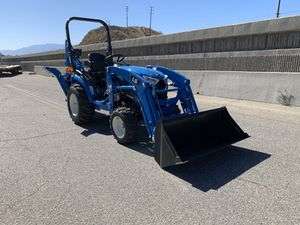LS TRACTOR MT225S COMPACT TRACTOR WITH A FRONT LOADER & BACKHOE FOR SALE for Sale in Redlands, CA