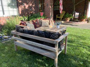 Farmhouse Outdoor Patio Furniture for Sale in Elk Grove, CA