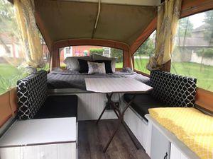 Pop up camper sleeps 4-5 for Sale in Ephrata, PA